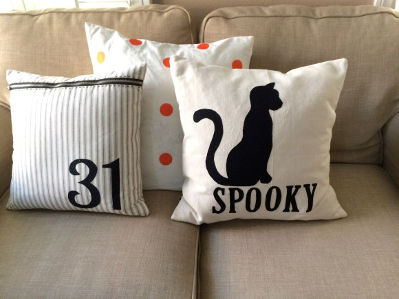 spooky Halloween pillow_9