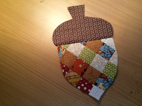 patchwork acorn potholder 12