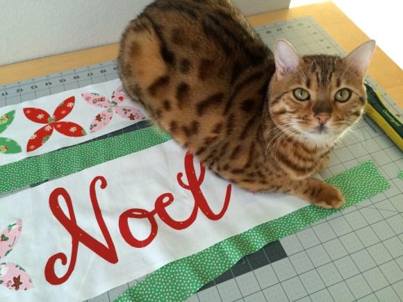 noel quilt 4