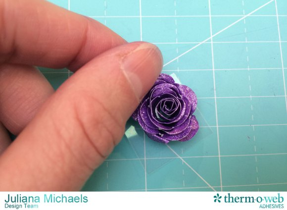 Scallop_Frame_Glitter_Dust_Rose_Tutorial_Therm_O_Web_Adhesives_Juliana_Michaels_7