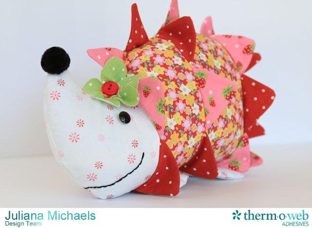 Hedgehog-Sewing-Pattern-Jennifer-Jangles-Strawberry-Festival-Therm-O-Web-Heat-N-Bond-Juliana-Michaels-02