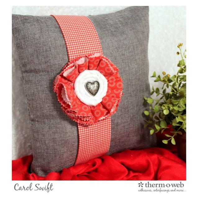 valentine-pillow-1