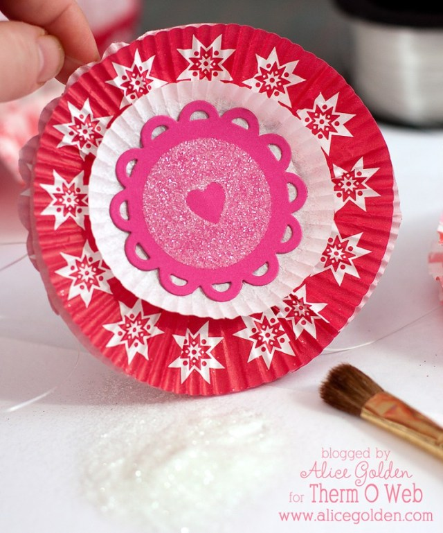 Alice Golden Cupcake Liner Garland