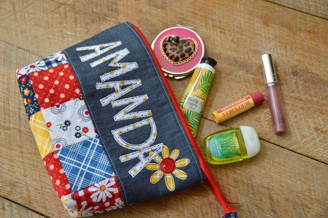 gingham girls zipper pouch 4