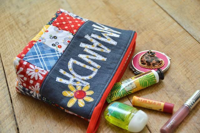 gingham girls zipper pouch 5