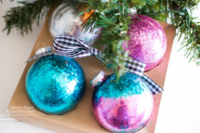 rk therm o web glitter christmas ornaments (2 of 5)