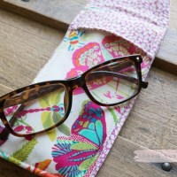 Sew a Stylish Sunglass Case with HeatnBond Fusible Fleece