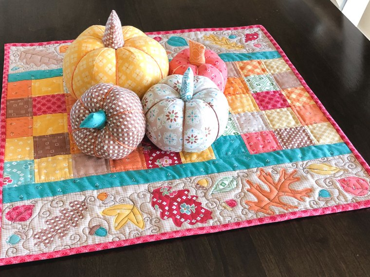 Fall Leaf Applique Mini Quilt