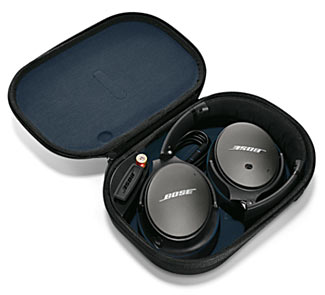 The new way of storing the Bose QC25 headphones saves a bit of space.