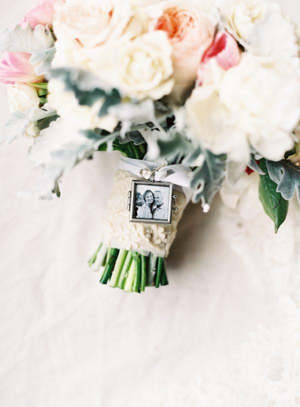 Mini Photo Frame For Wedding Bouquet   Frameswalls.org