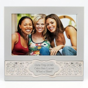 Band of Daisies Frame