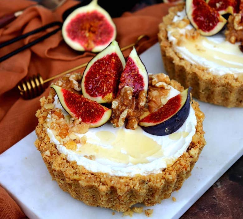 No-bake fig, honey & walnut tart