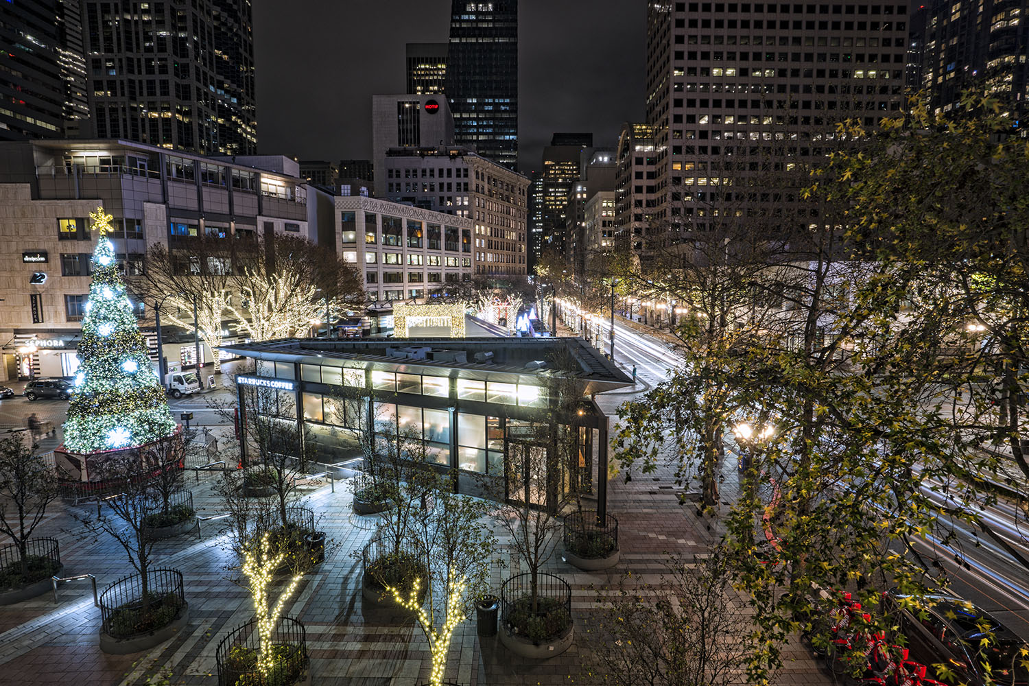 Westlake Center & Fourth Avenue in downtown Seattle. (December 17, 2020).