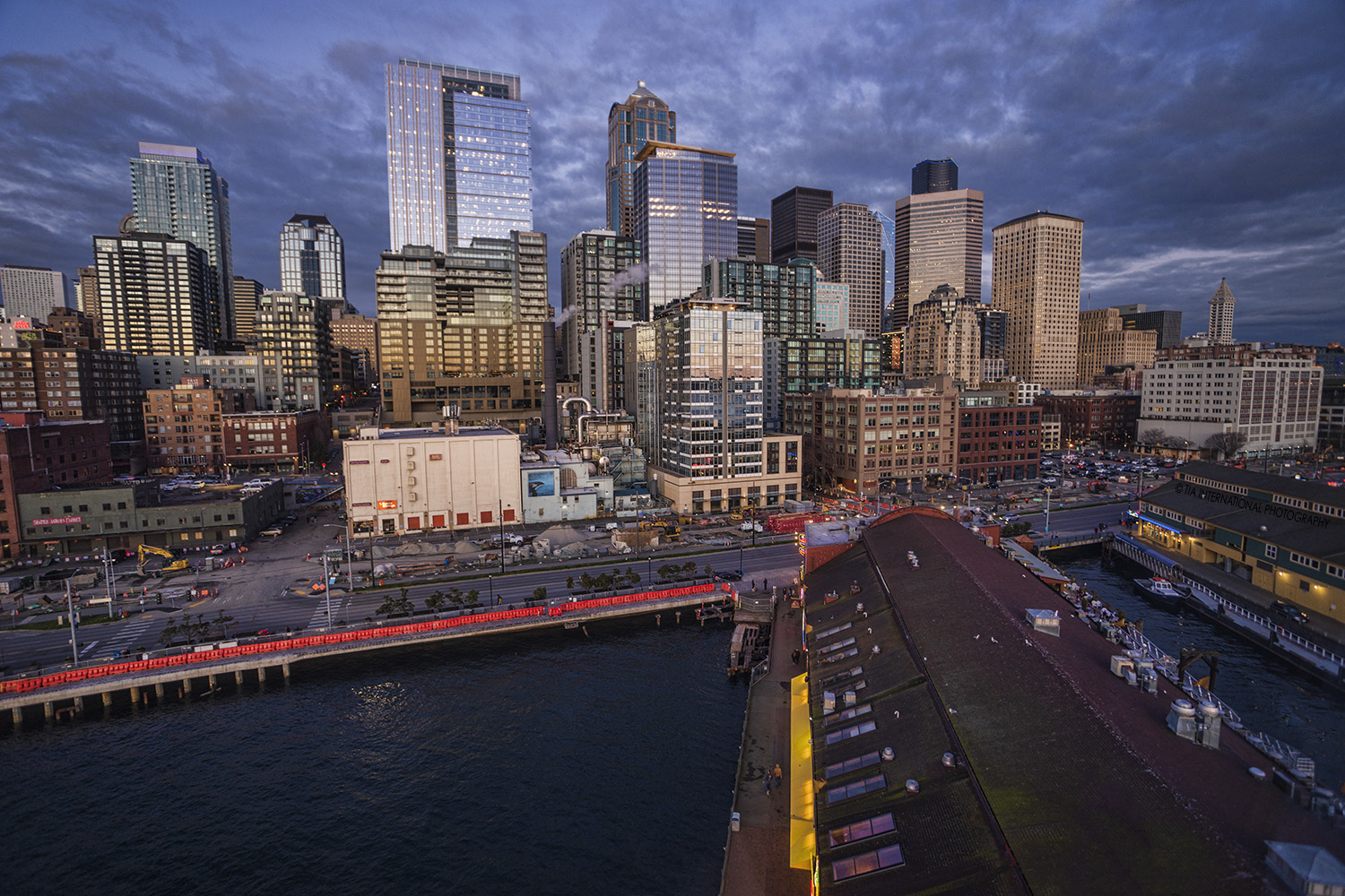 Downtown Seattle & Waterfront from the Great Wheel.