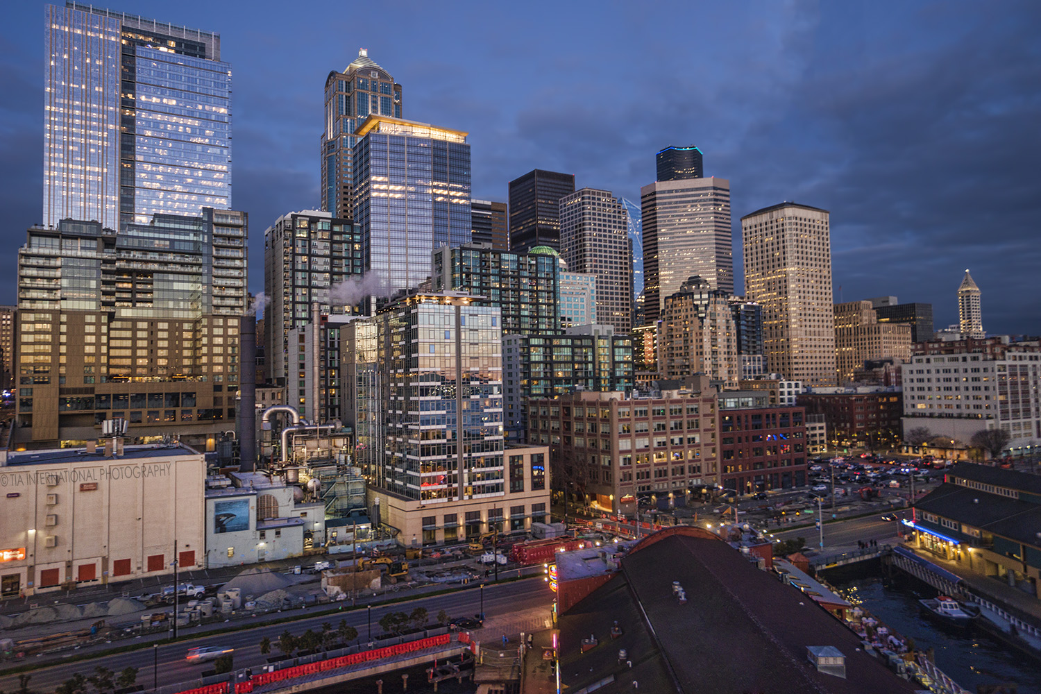 Downtown Seattle & Waterfront as seen from the Great Wheel.