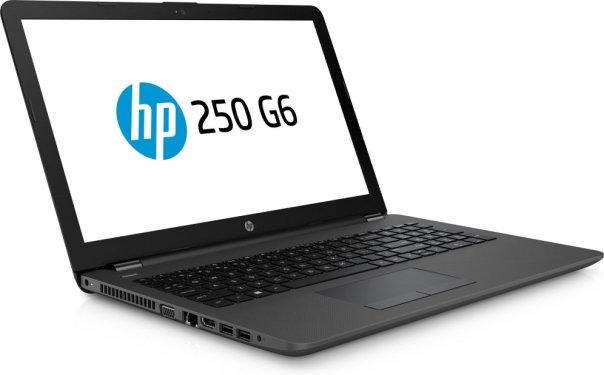 El tercer lugar de esta lista se lo damos al ordenador portátil HP 250 G6 1XN28EA: 435.60€