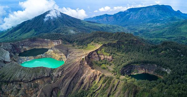 11 Pemandangan Alam Terindah di Indonesia Ini Bikin Takjub ...