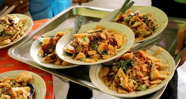 Makanan Khas Semarang - mie kopyok pak dhuwur