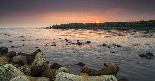Tempat Wisata di Pantai Indah Kapuk Jakarta - pantai mutiara