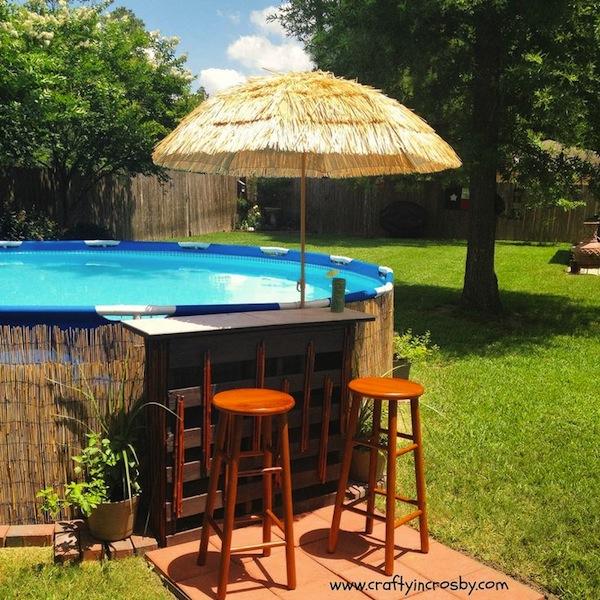 Large & Small: Cool Outdoor Bars You'll Love   Artisan ... on Backyard Pool Bar Designs id=14510
