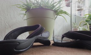 Dead flipflops exhibiting 'talking shoe' syndrome.