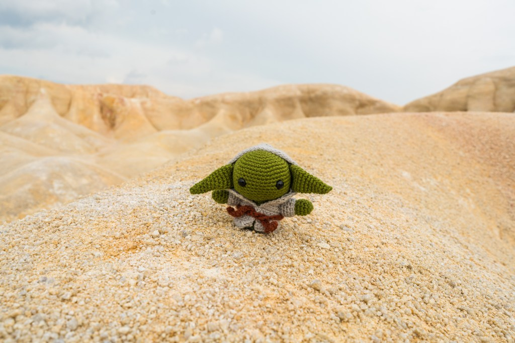 Yoda Amigurumi *Made to Order* | Crochet geek, Star wars crochet ... | 683x1024