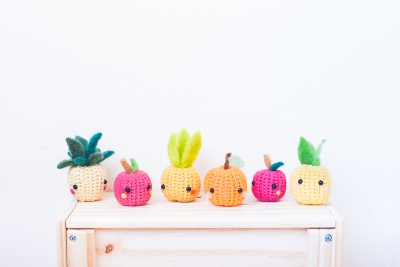 tiny rabbit hole - crochet workshop fruits amigurumi pineapple watermelon apple needle felting