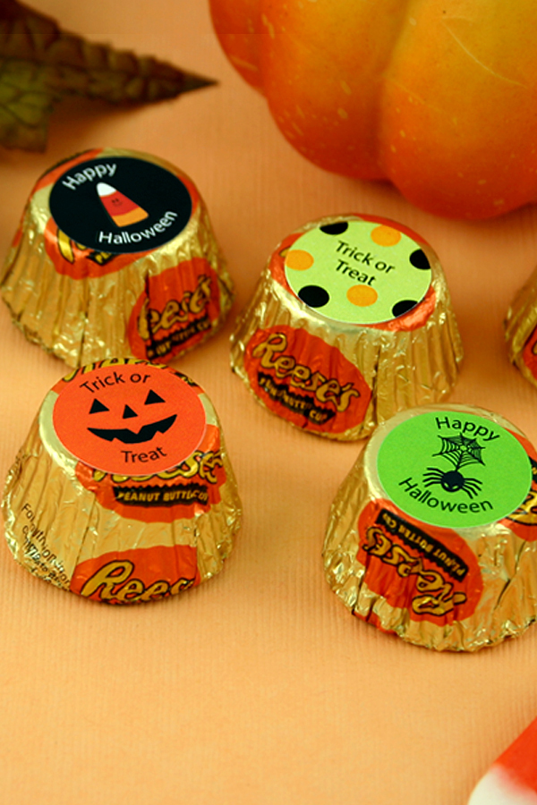 Personalized Halloween candy reese's cups