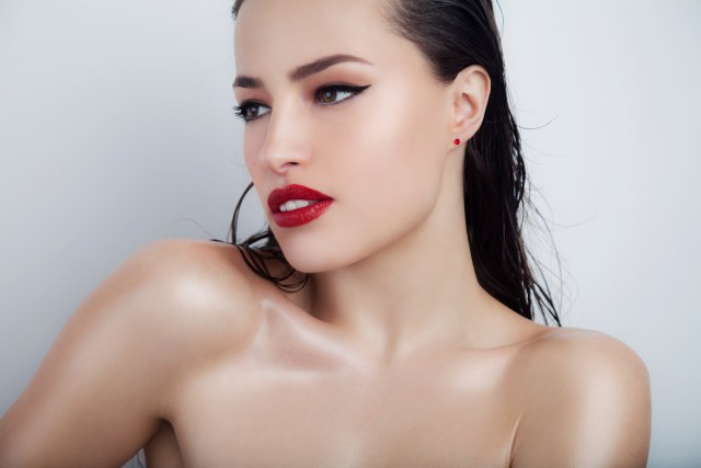 Summer glow: Makeup tips you need to know