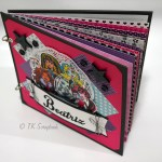 "Álbum de fotos em scrapbook ""Monster High"""