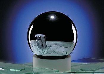 Ein Meilenstein im internationalen Avogadro-Projekt, das von der Physikalisch-Technischen Bundesanstalt (PTB) koordiniert wird: Mithilfe eines Einkristalls aus hochangereichertem 28Si ist jetzt die Avogadro-Konstante mit einer relativen Gesamtmessunsicherheit von 3 · […]