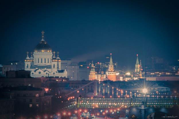 tiny-mos-winter-night-03