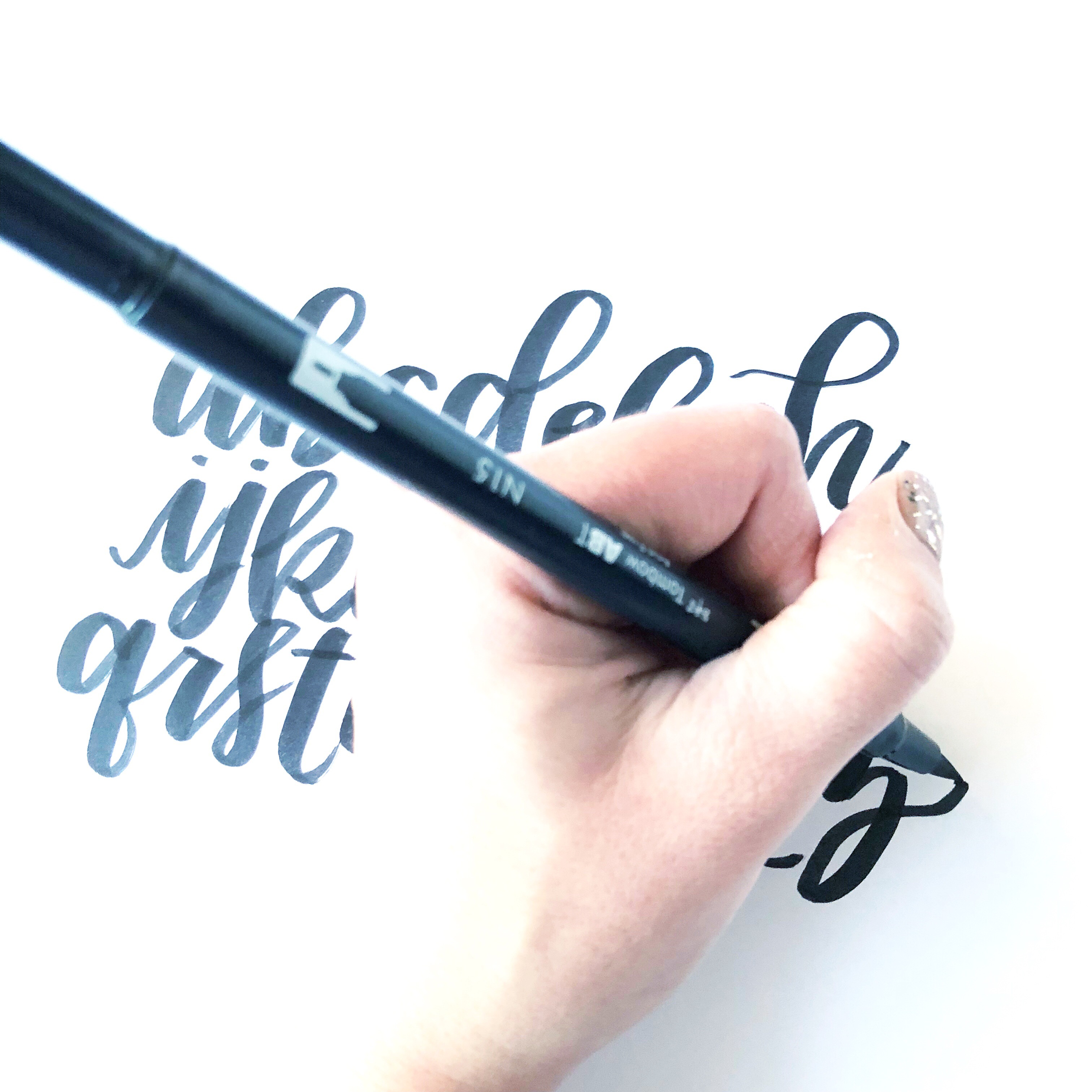 5 Tips To Lettering With Tombow Dual Brush Pens