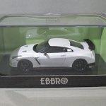 EBBRO 1/43 NISSAN GT-R NISMO パールホワイト