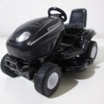 SIKU 乗用芝刈り機