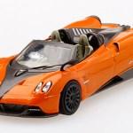 ミニカー発売情報 MINI GT 1/64 パガーニ ウアイラ ロードスター (オレンジ×ブラック)