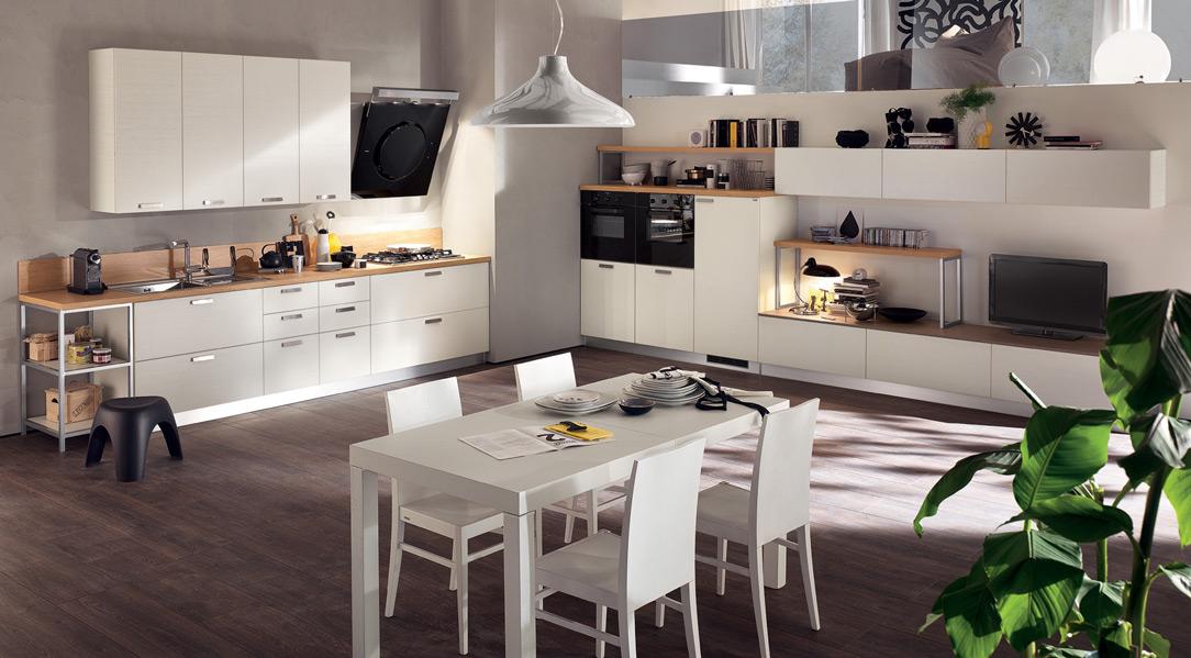 Gli spazi sempre più ristretti richiedono la valutazione di alternative comode e funzionali alle classiche cucine. Cucina E Living Si Combinano Insieme
