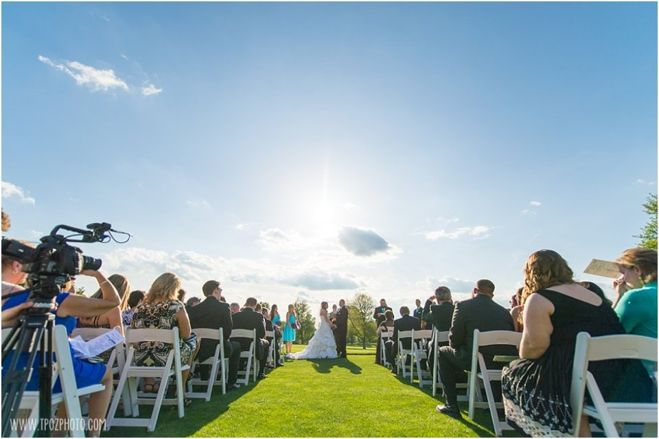 Wedding Ceremony at Hillendale Country Club  •  tPoz Photography  •  www.tpozphoto.com