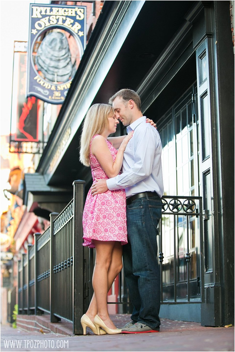 Engagement Photos at Ryleigh's Federal Hill •  tPoz Photography •  www.tpozphotoblog.com