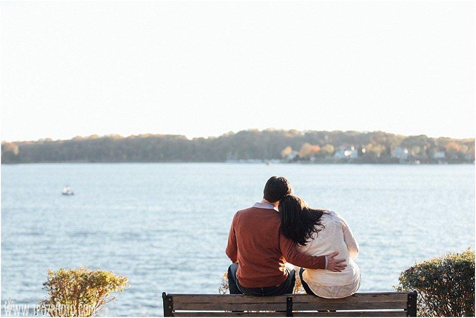 Quiet Waters Park Engagement Photos || tPoz Photography || www.tpozphoto.com