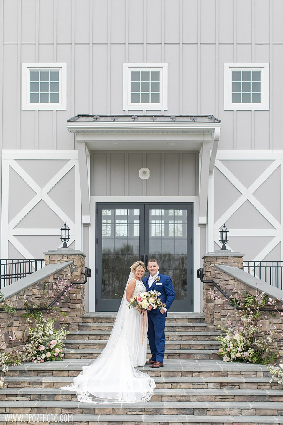 Rosewood Farms Rustic Barn Wedding  •  tPoz Photography  •  www.tpozphoto.com