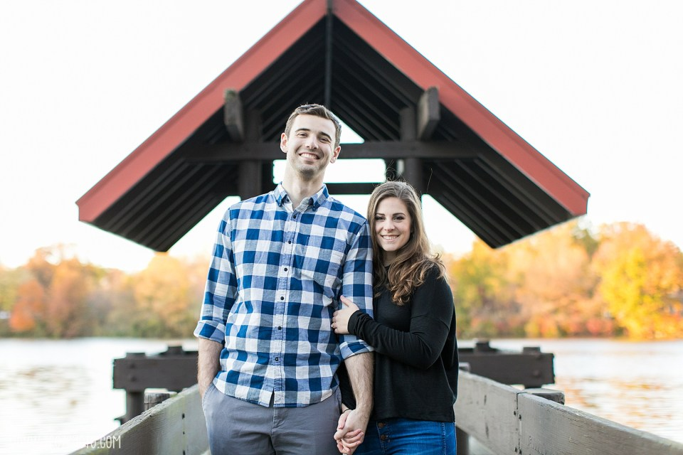 Columbia Wilde Lake Engagement Session