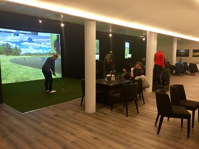 Losby TrackMan Golf Simulator