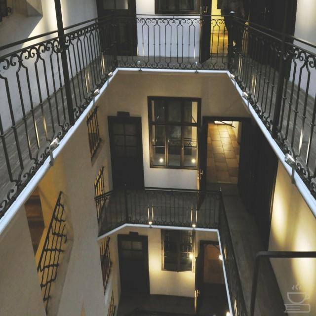 Apartemen Mozart