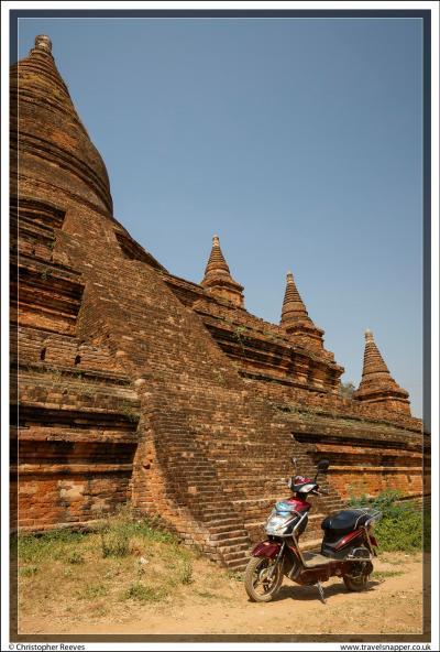 E-bikes in Bagan