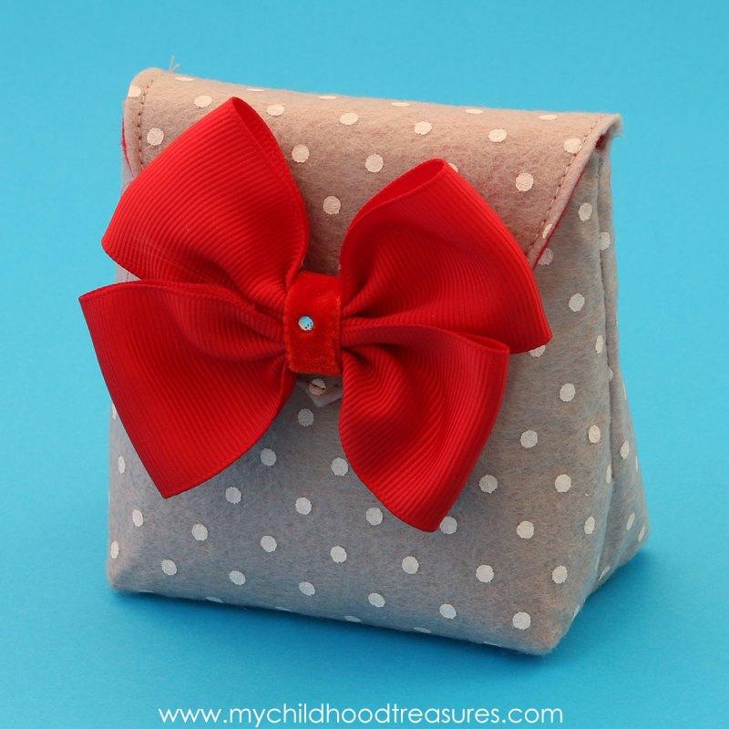 diy-felt-gift-bag-02a