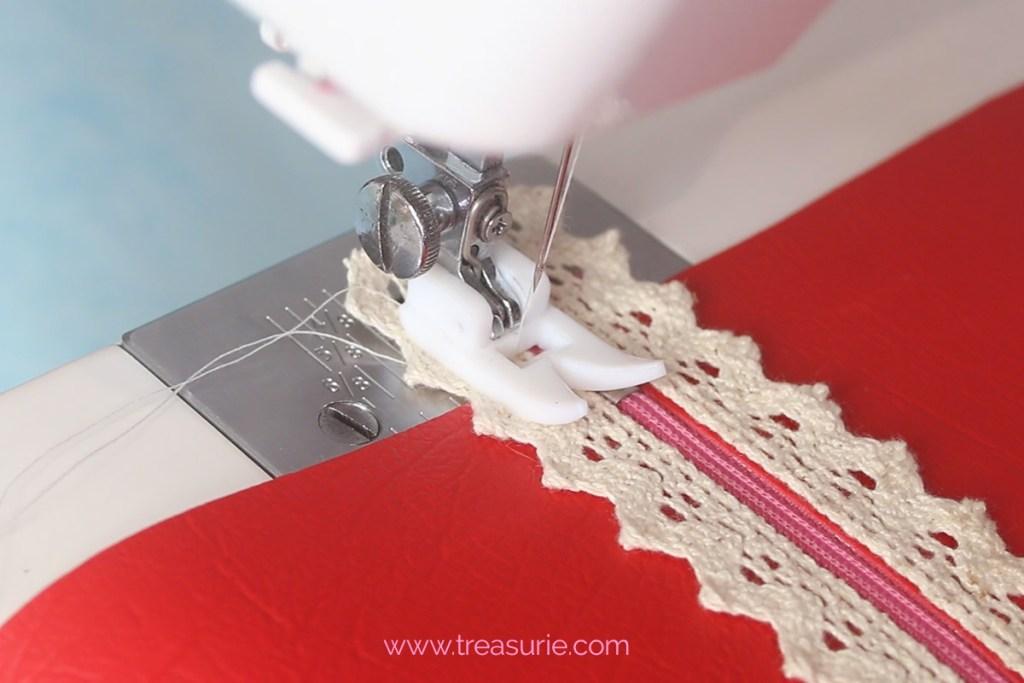 Stitch the zipper