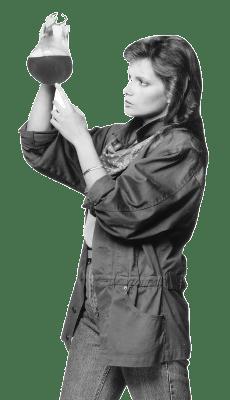 War of the Worlds: Lynda Mason Green as Suzanne McCullough