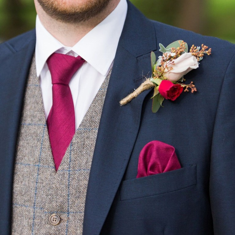 Cosy Winter Buttonholes