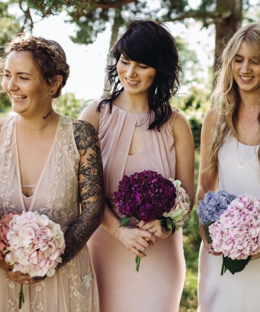 Minimalist Style Bouquets - Triangle Nursery Ltd